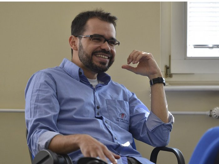 Jonathan Menezes